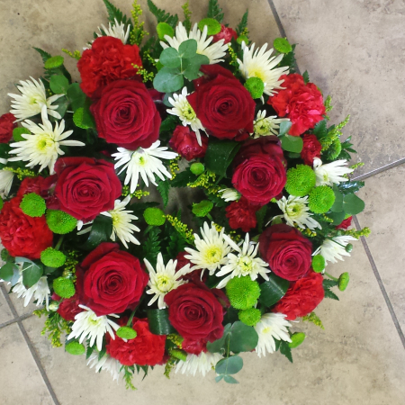 red rose funeral tribute, sympathy